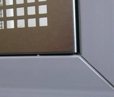 kellerfenster schutzgitter als nagerschutzgitter. Black Bedroom Furniture Sets. Home Design Ideas